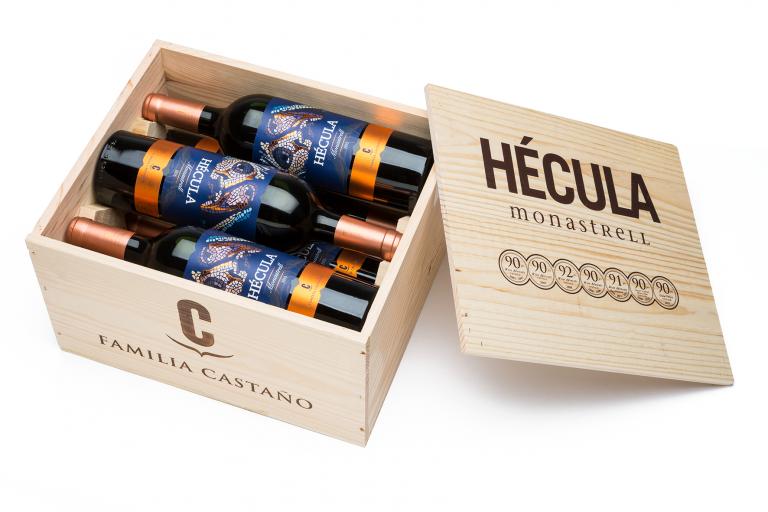 6 Flaschen Hécula in einer 6er Holzkiste